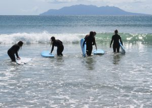 beginner surf camps